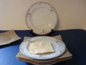 Set of 4 Princess House HERITAGE BLOSSOM Salad Plates