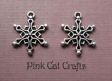 10 x SNOWFLAKE NO.10 CHRISTMAS Tibetan Silver Charms Pendants Beads
