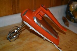 Vintage Orange GE hand mixer works great