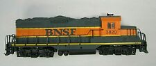 HO scale WALTHER'S TRAINLINE # 931-120, GP-9M  locomotive ~ BNSF 3820 - used