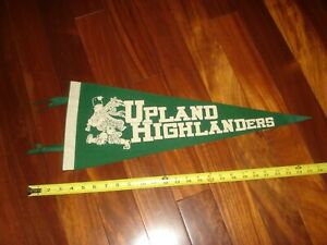 """1960's UPLAND HIGHLANDERS PENNANT, UPLAND, CA- THE SCOTSMAN-26"""" GREEN/WHITE"""