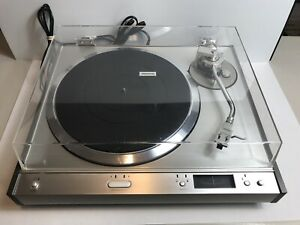 Vintage Pioneer PL-610 Quartz-PLL Direct Drive Turntable Record Player
