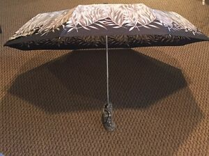 Designer Umbrella Brown With Leaves