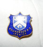 VINTAGE ENAMEL ROUNDWOOD BOWLING CLUB IPSWICH BROOCH / BADGE / PIN
