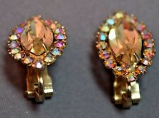 Vintage Marked Weiss Oval Rhinestone Center Clip on Earrings