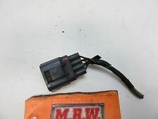 WIRE PLUG CONNECTOR HARNESS END CLIP OFF ENGINE MOTOR FUEL RAIL INJECTOR SENSOR