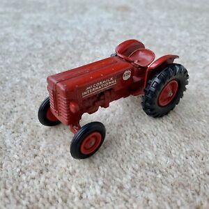 1961 Matchbox King Size K-4 Mccormick International B-250 Red 1:43 Tractor Model