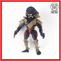 Predator Action Figure Vintage Movie Character Scavage Edition Retro by Kenner