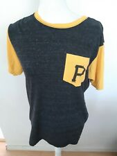 Fanatics Pittsburgh Pirates T Shirt Fitted Front Pocket MLB Baseball Size Medium