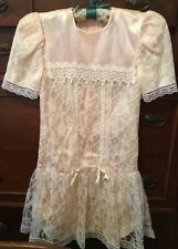 VTG GUNNE SAX BY JESSICA MC CLINTOCK SIZE 7 DRESS WHITE LACE OVER PEACH SHORT SL