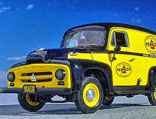 Very Rare - PENNZOIL DELIVERY - 1953 INTERNATIONAL TRAVELALL PANEL - First Gear