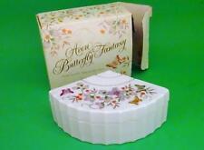 Vintage AVON BUTTERFLY FANTASY White Porcelain Treasure Fan Trinket Box w/ Box