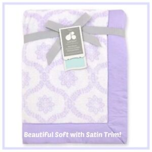 NWT JUST BORN Trellis Hampton PURPLE Lavender LILAC Plush Satin BABY Blanket