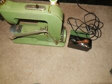 "Vintage Swiss Elna Green ""Grasshopper"" Portable Sewing Machine 500890"