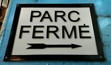 New listing F1 Sign parc fermé