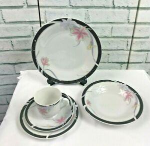 Vintage 20 Piece Porcelain Dinner Service White & Black Lily Design Tableware