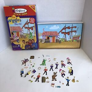 2003 The Wiggles Play Set Colorforms Stick-Ons Reusable Sticker Scene Pirate