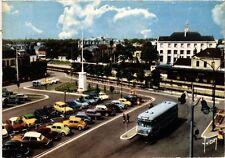 CPM MAISONS-LAFITTE - La Poste et la Gare (217150)