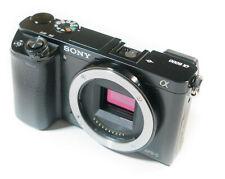 Sony ILCE Alpha a6000 Body noir, bon état 24.3 MP a 6000