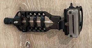 PSE Black Sight Black 5 Pin with light level compound bow archery