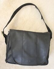 MEDELA Pump In Style Advanced Double Breastpump leather Metro Bag w/ AC adapter