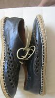Wittner mettalic navy punched leather espadrilles,Size 40