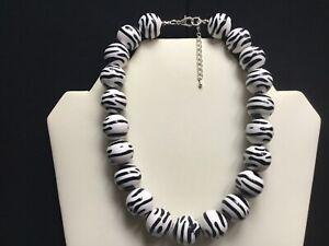 Women's Chunky Zebra Print Bead Choker Necklace