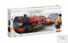 R1234M Hornby OO Gauge Hogwarts Express' Train Set