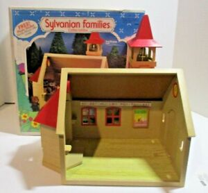 Sylvanian Families -  Vintage -  Schoolhouse Includes BOX - #2988