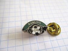 PINS RARE VINTAGE FOOTBALL AUNEUIL CLUB FOOT wxc 33