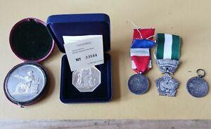 Médailles En Argent