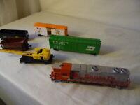 VTG Santa Fe Rolling Stock & Life Like HO Scale Trains & Cars 6 Pc Mixed Lot