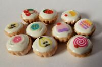 DOLLS HOUSE MINIATURE FOOD 10 X MIXED CUPCAKES COMBINED P+P