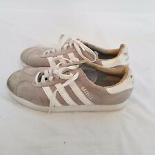 Adidas Gazelle Women's Shoe Vintage size 8.5 Gray Suede White Stripe Tennis