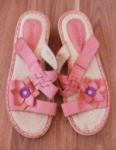 """Cassini Size 38 """"Moped"""" Light Red Leather Sandals with flower"""