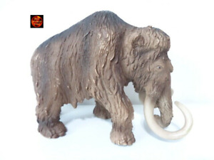 Woolly Mammoth Large Dinosaur Toy Model Figure by Schleich 16517 Dated 2002