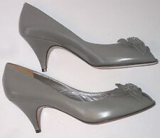 Vtg Evan-Picone Ladies 8N Pumps Dressy Shoes Leather Italy Peep Toe Flower Nwob