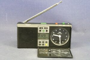 BRAUN Type 3869/ABR 314 df Radiowecker Wecker Radio / alarm clock