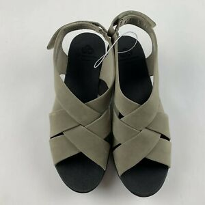 NEW Cloudsteppers Clarks Caddell Jena Women US 10 Sage Grey Slingback Sandals