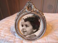 SO LOVELY ! FRENCH ANTIQUE LITTLE ROUND PICTURE FRAME SHABBY CHIC