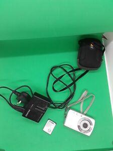 PENTAX OPTIO L30 Digital Compact Point & Shoot Camera 7.1MP PLUS ACCESSORIES
