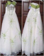 POSH PRECIOUS IVORY/APPLE GREEN sz4 Prom Dress Pageant BallGown NWT 20203