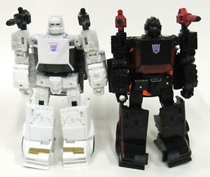 Transformers Earthrise War For Cybertron Runabout & Runamuck Complete