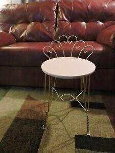 Vintage Mid Century Goldtone/Brass Metal Vanity Chair Stool Pink Vinyl Seat