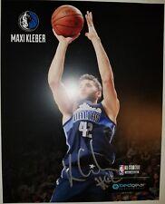 PROOF! MAXI KLEBER SIGNED AUTOGRAPHED 8x10 PHOTO DALLAS MAVERICKS RARE