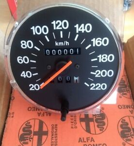 Alfa romeo 33 Speedometer GENUINE NOS KMH Classic lhd 60750120 new boxed
