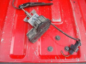 1999-2005 SAAB 9-5 95 LEFT DRIVER SIDE FRONT HEADLIGHT HEAD LAMP WIPER MOTOR