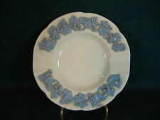 Wedgwood Lavender on Cream Color Smooth Edge Round Ash Tray(s)