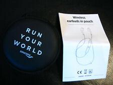 Wireless Earbuds in pouch, Bluetooth-Kopfhörer, neu und unbenutzt