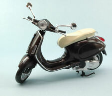 Vespa Piaggio Primavera 125 2014 Brown 1:12 Model 57553BW NEW RAY